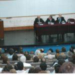 Leyendo el discurso de asunción del primer mandato como decano de Exactas-UBA. Se puede ller el texto en: Desempeño > Gestión > Decano de Exactas – UBA 2006-2014 > Discursos e Informes