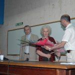 30 de noviembre de 2006 Estela de Carlotto visitó Exactas-UBA en el marco de la segunda jornada del Coloquio Anual de Interdisplinario organizado por Abuelas de Plaza de Mayo.